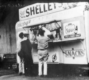 Harry's Cafe de Wheels, 1940s