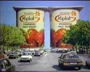 Yoplait Yogurt as the Arc de Triomphe