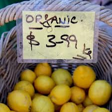 First organic food market