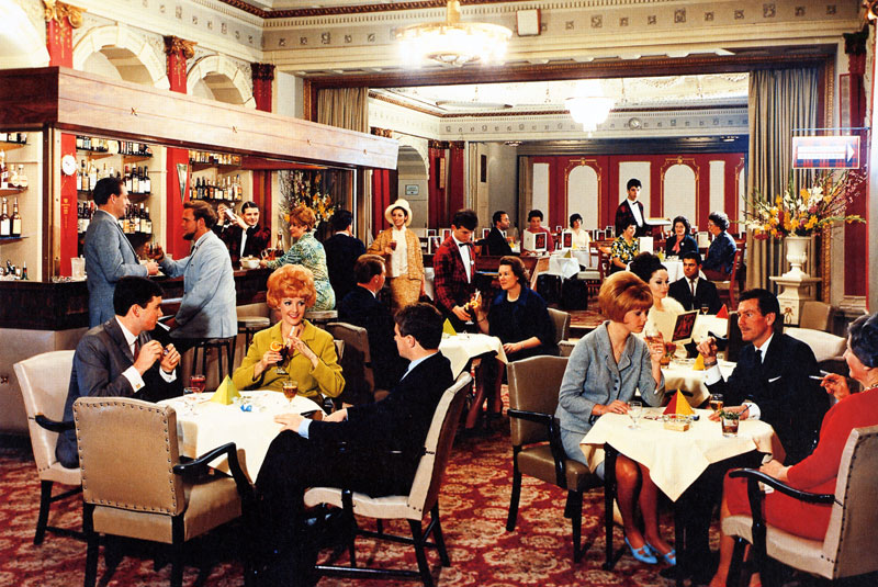Menzies Hotel lounge bar, 1965 - State Library of Victoria - Wolfgang Sievers